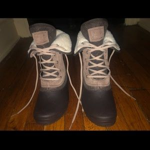 • the north face shallista II roll down boots